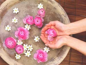 Common Uses Of Rose Water