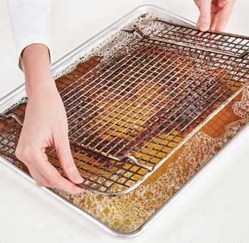 Tips To Keep Clean Your Cooling Rack